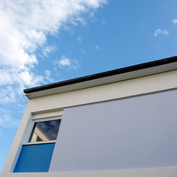 Un carré de ciel bleu. 30x30
