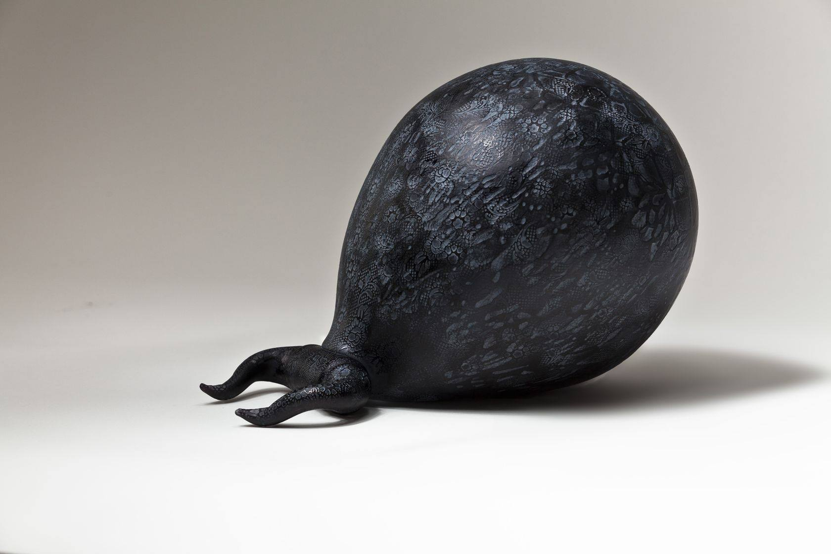 Xenos (mat) Blown glass, silicone mounted 154 cm, 2010Courtesy de l'artiste et de la galerie Da-End