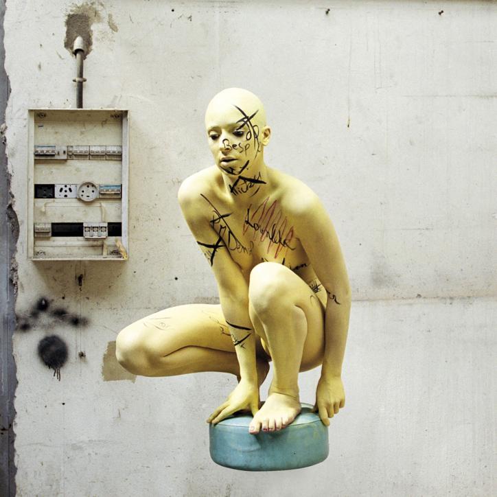 SECRETAIRE PAR INTERIM Ego Factory 2012 photo en digigraphie montée sur alu,plastifiée 100x100